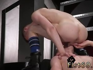Gay suit office sex Axel Abysse and Matt Wylde bathe each other in a